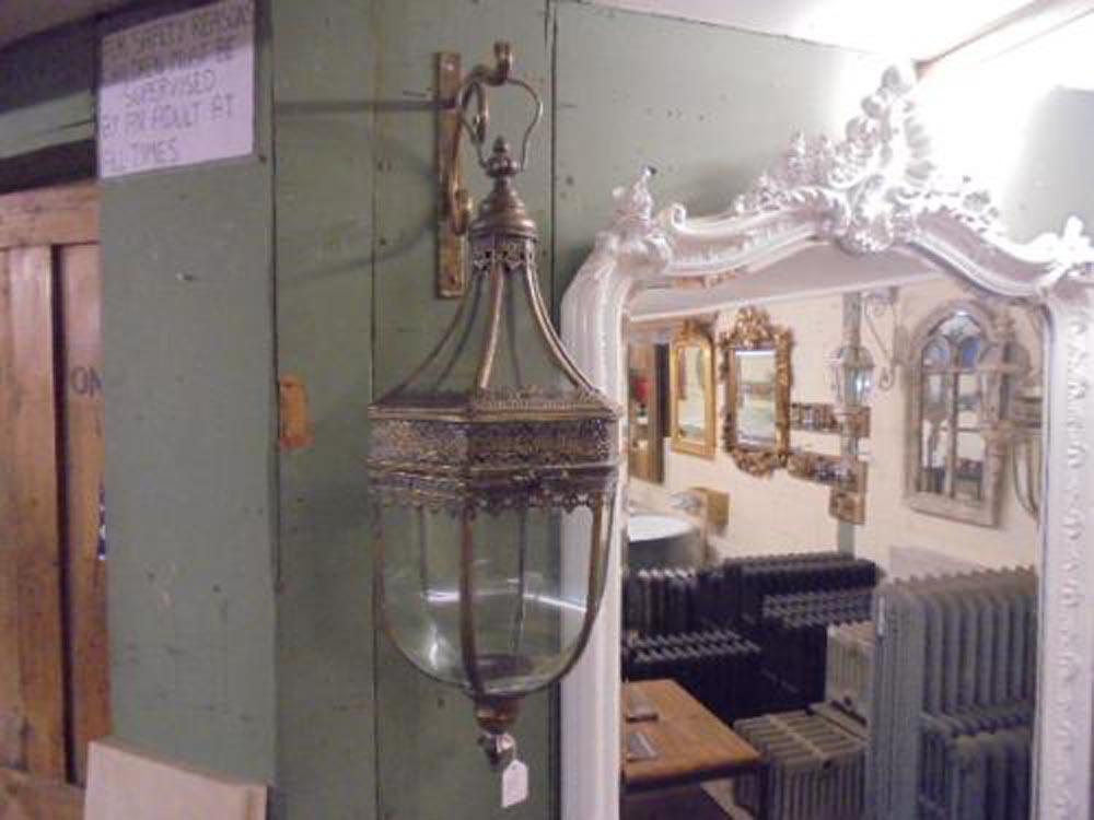 Large Hanging Candle Holder<br>