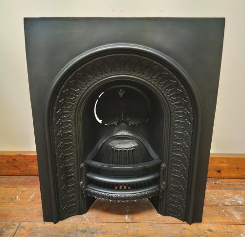 Original and restored arched insert<br>Falkirk foundry