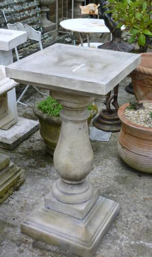Large Traditional Bird Bath