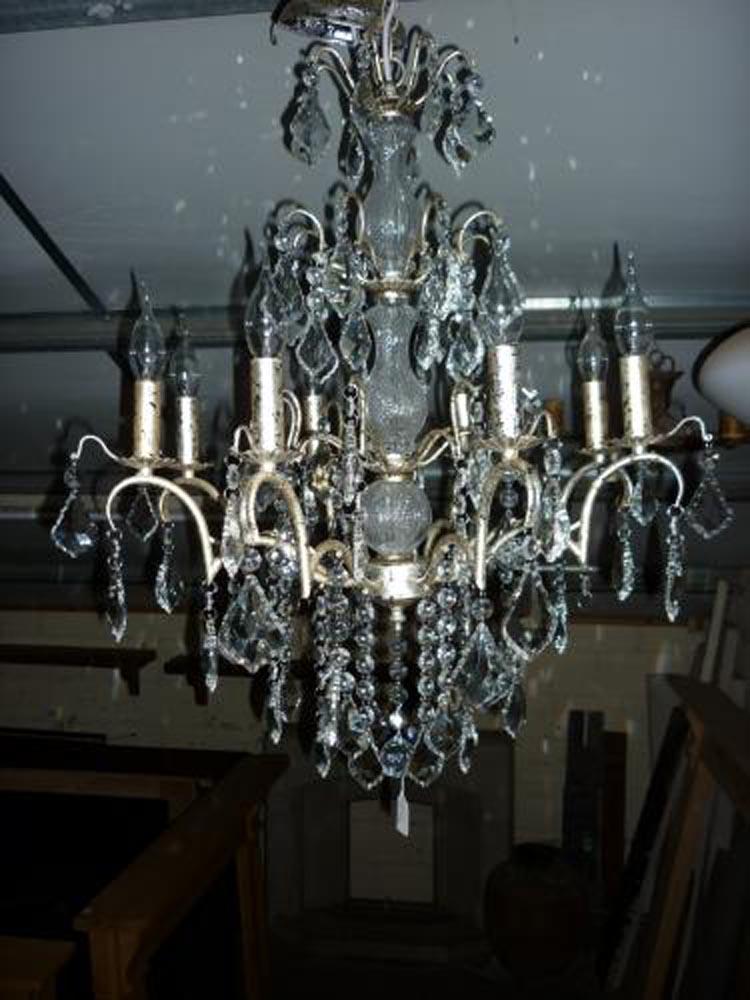 8 arm chandelier ,width 62cm hight 75cm<br>