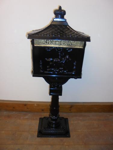 Post box on stand <br>115cm high