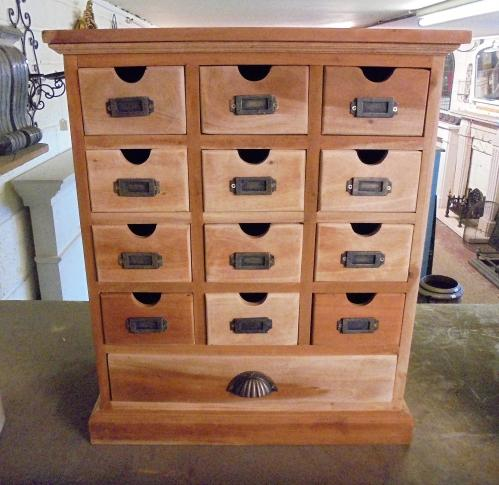Small set of draws 60 cm high by 50 cm wide